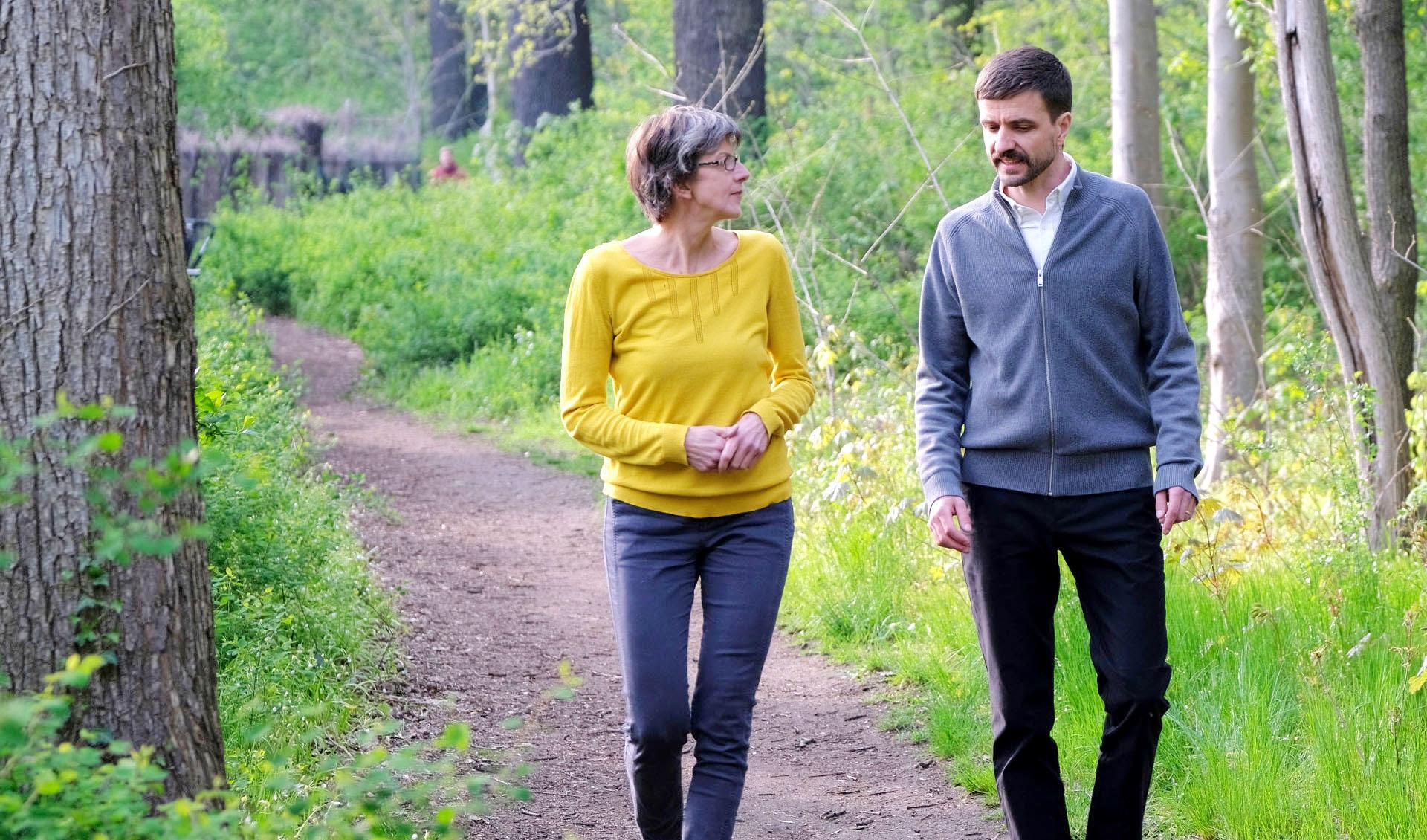 Claudia Seidel Business Coach, Leadership Coach - Walk and Talk Coaching, Coaching in der Natur in Berlin Treptower Park und Plänterwald